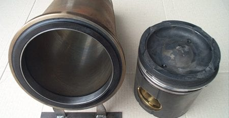 Cylinders treated with FTC Decarbonizer